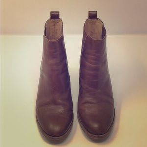 Great condition tan madewell booties